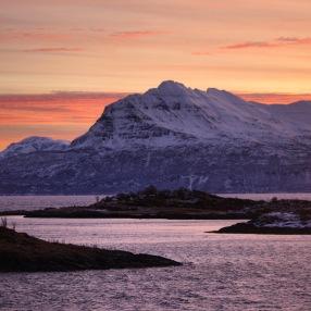 Sonnenaufgang vor Harstad, Copyright: insidenorway